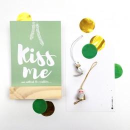 Kerstkaart - Groen - Kiss me!